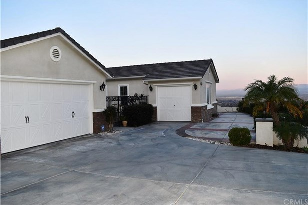 2820 Crestview Drive, Norco, CA - USA (photo 4)
