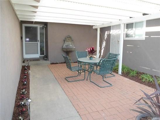 1515 E Chestnut Avenue, Orange, CA - USA (photo 2)