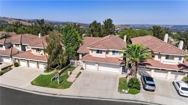 535 S Morningstar Drive, Anaheim Hills, CA - USA (photo 5)