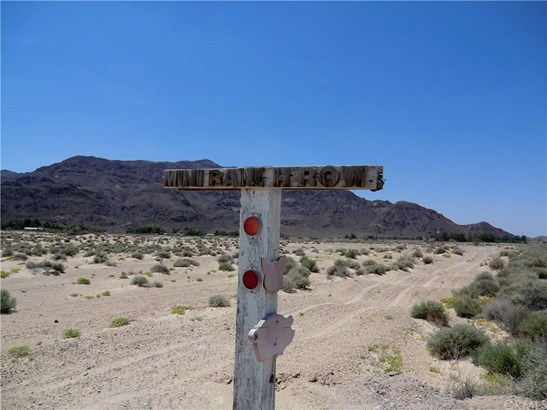 0 Route 66 + Mini Ranch Lane, Newberry Springs, CA - USA (photo 3)