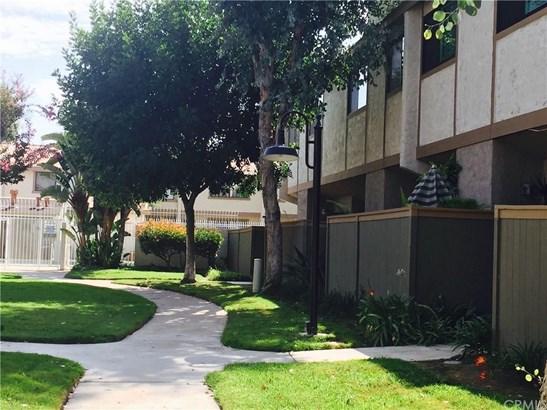 2005 W Culver Avenue 14, Orange, CA - USA (photo 1)