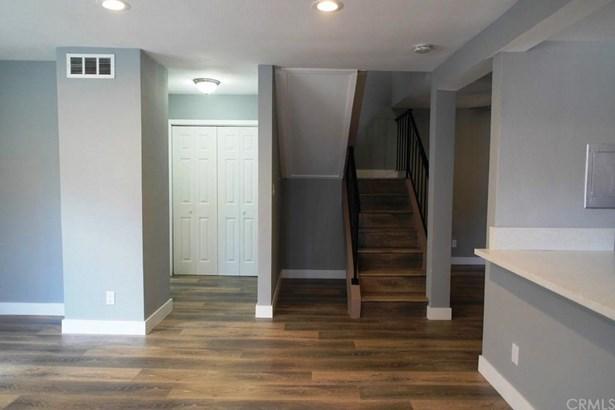 1239 W Rosecrans Avenue 12, Gardena, CA - USA (photo 4)