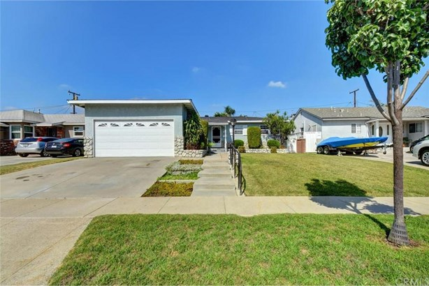5409 Carfax Avenue, Lakewood, CA - USA (photo 5)