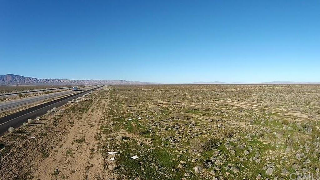 Hwy 58, Mojave, CA - USA (photo 2)