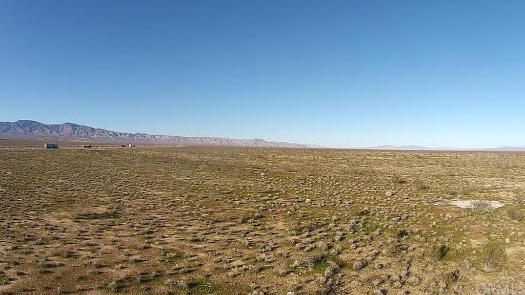 Hwy 58, Mojave, CA - USA (photo 4)