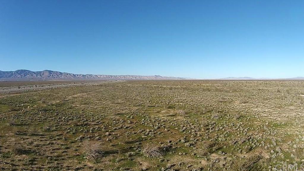 Hwy 58, Mojave, CA - USA (photo 5)
