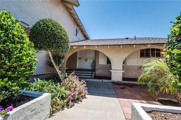 2501 N Poplar Street, Santa Ana, CA - USA (photo 2)