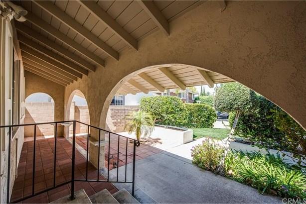 2501 N Poplar Street, Santa Ana, CA - USA (photo 3)