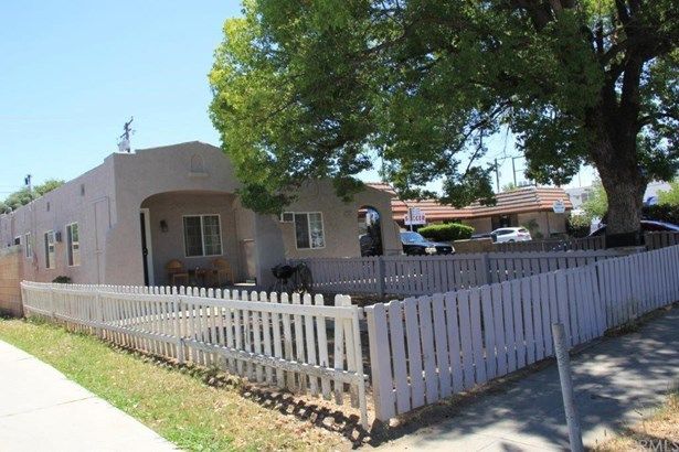 924 Orange Street, Redlands, CA - USA (photo 1)