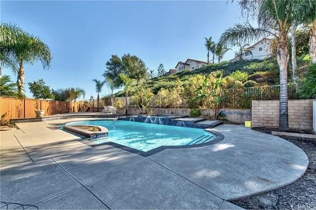 2710 Camellia Court, Corona, CA - USA (photo 3)