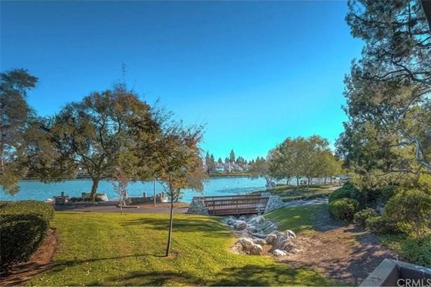 2 Lakeknoll 42, Irvine, CA - USA (photo 1)