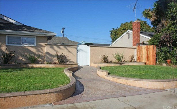 17441 Newland Street, Huntington Beach, CA - USA (photo 3)