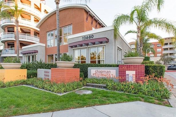 12664 Chapman Avenue 1403, Garden Grove, CA - USA (photo 2)