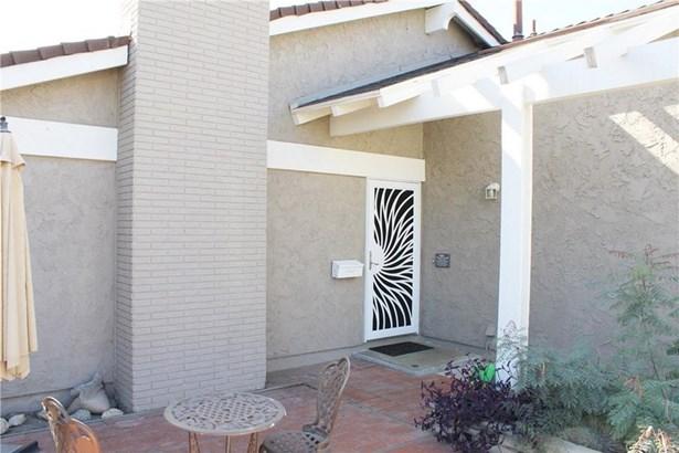 6186 Palau Street, Cypress, CA - USA (photo 2)