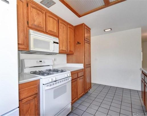 5737 Pine Court, Cypress, CA - USA (photo 4)