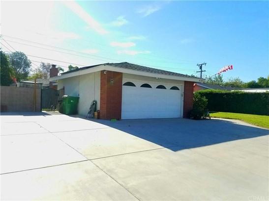 436 E Francis Street, Corona, CA - USA (photo 2)