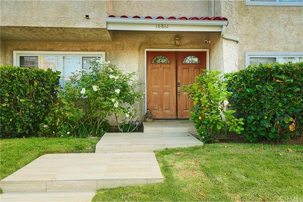16812 Lynn Lane, Huntington Beach, CA - USA (photo 2)