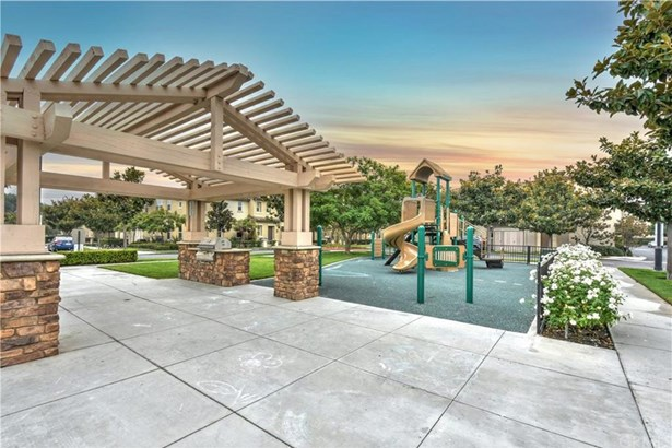 2736 W Madison Circle, Anaheim, CA - USA (photo 1)