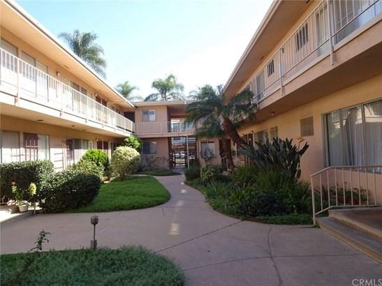 527 Cedar Avenue 2m, Long Beach, CA - USA (photo 2)