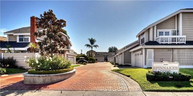 2442 Elden Avenue B3, Costa Mesa, CA - USA (photo 1)