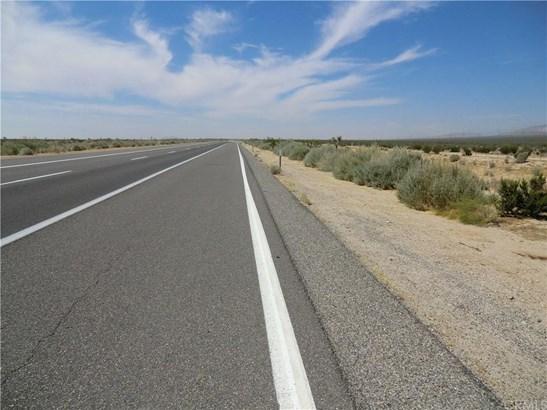Freeway 14, California City, CA - USA (photo 2)