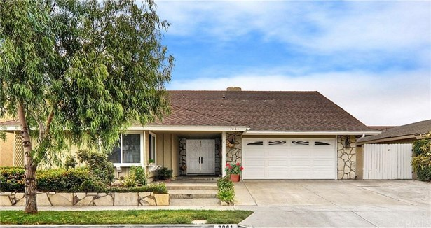 7061 Sunlight Drive, Huntington Beach, CA - USA (photo 1)