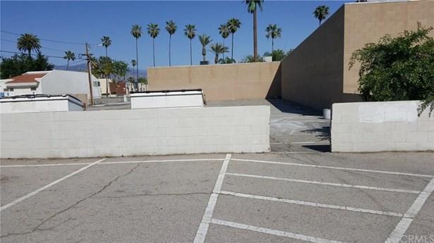 474 W 5th Street, San Bernardino, CA - USA (photo 2)