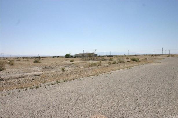 1044 Clover Leaf Drive, Salton City, CA - USA (photo 4)