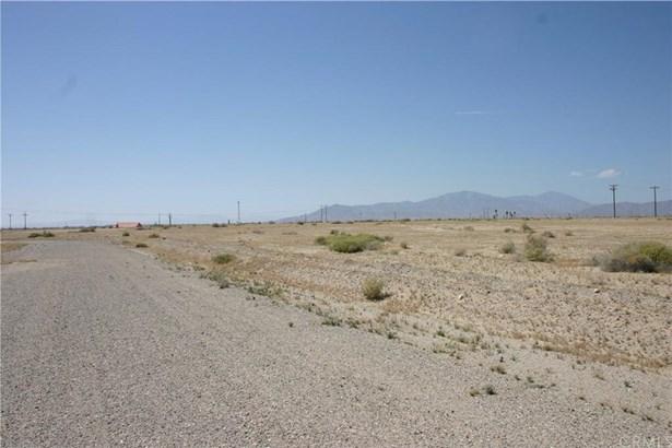 1044 Clover Leaf Drive, Salton City, CA - USA (photo 5)