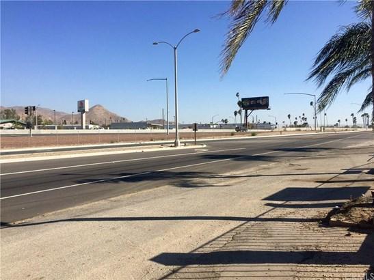 2941 S La Cadena Drive, Colton, CA - USA (photo 5)