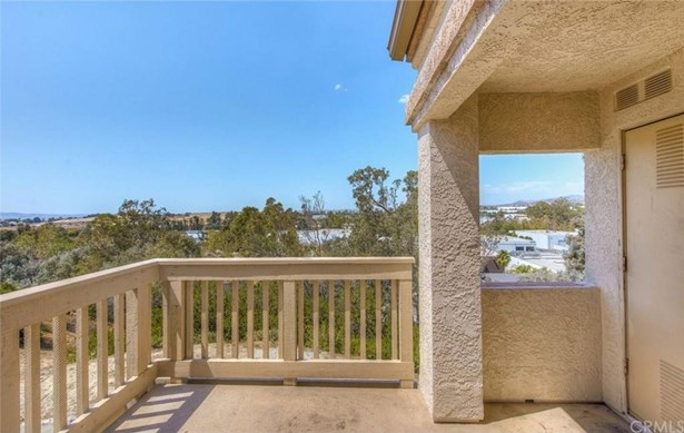 26342 Forest Ridge Drive 2g, Lake Forest, CA - USA (photo 2)