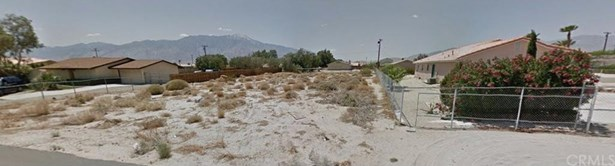Avenida Manzana, Desert Hot Springs, CA - USA (photo 4)