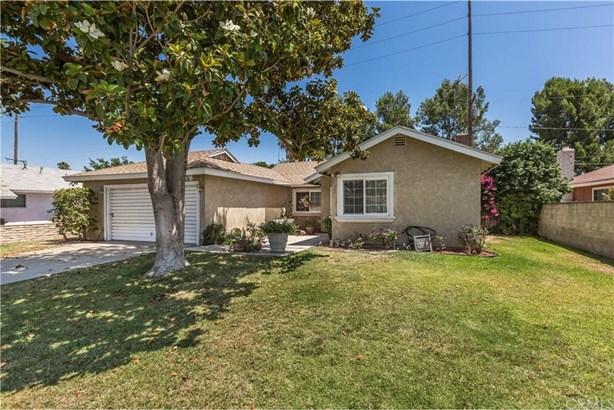8566 Basswood Avenue, Casa Blanca, CA - USA (photo 2)