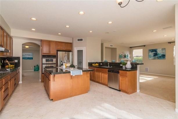 23737 Hayes Avenue, Murrieta, CA - USA (photo 1)