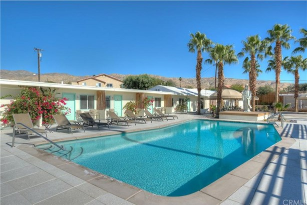 11740 Mesquite Avenue, Desert Hot Springs, CA - USA (photo 4)