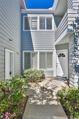 204 Hartford Drive 120, Newport Beach, CA - USA (photo 2)
