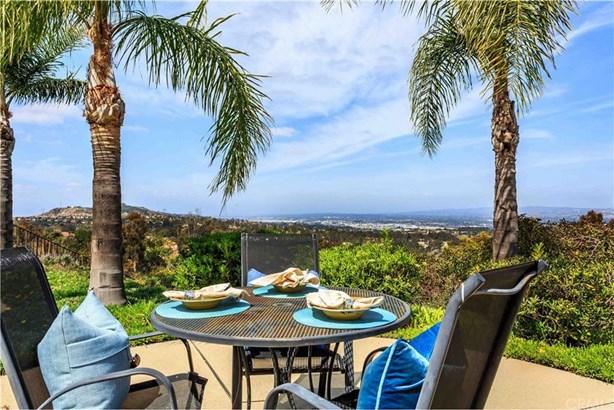 6937 E Avenida De Santiago, Anaheim Hills, CA - USA (photo 2)