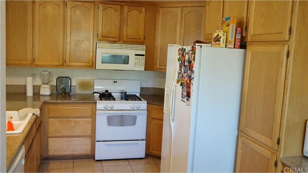 1079 N Hermosa Avenue, Banning, CA - USA (photo 4)