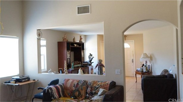 1079 N Hermosa Avenue, Banning, CA - USA (photo 5)