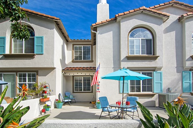 315 Dolphin Ln 4, Oceanside, CA - USA (photo 1)