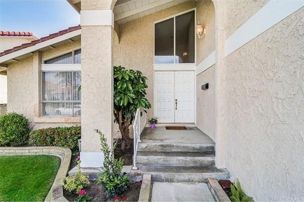 20282 Colonial Circle, Huntington Beach, CA - USA (photo 3)