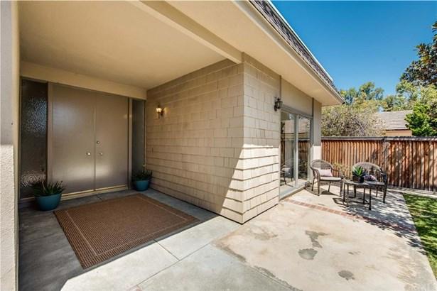 7 Bascom Street, Irvine, CA - USA (photo 2)