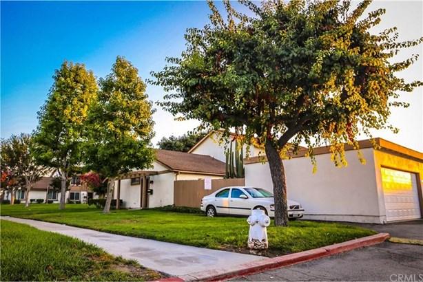 310 Carriage Drive A, Santa Ana, CA - USA (photo 4)