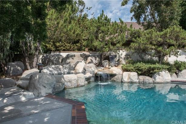 5701 E Mountain Avenue, Orange, CA - USA (photo 2)