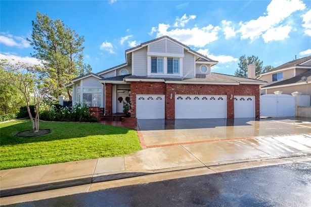 704 S Hidden Creek Circle, Anaheim Hills, CA - USA (photo 1)