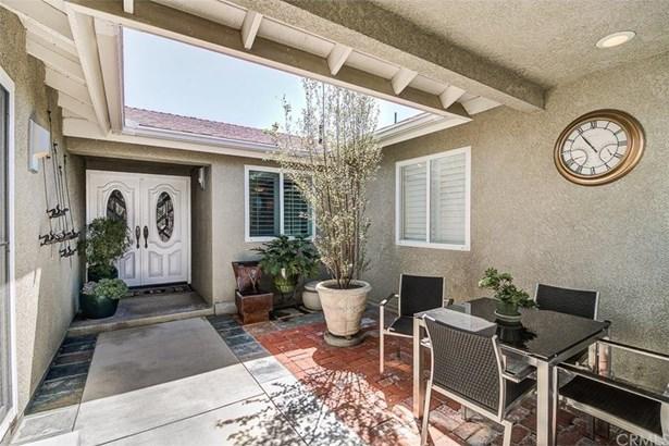 21082 Greenboro Lane, Huntington Beach, CA - USA (photo 4)
