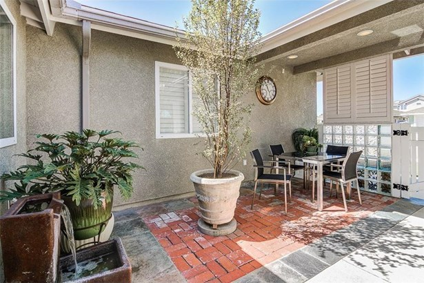 21082 Greenboro Lane, Huntington Beach, CA - USA (photo 5)