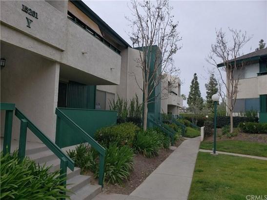 15201 Santa Gertrudes Avenue Y102, La Mirada, CA - USA (photo 1)