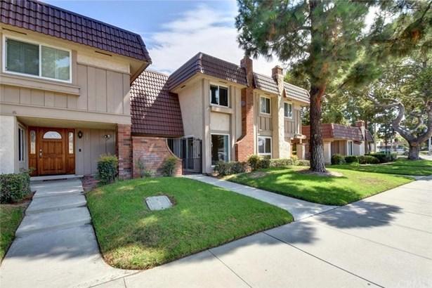 6945 Orangewood Avenue, Cypress, CA - USA (photo 4)