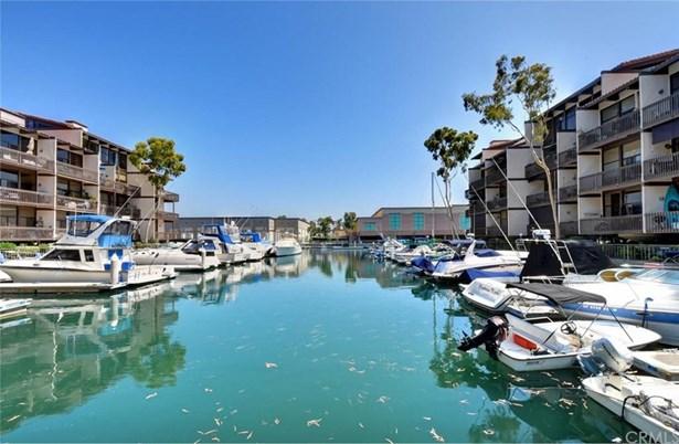 5124 Marina Pacifica Drive, Long Beach, CA - USA (photo 2)